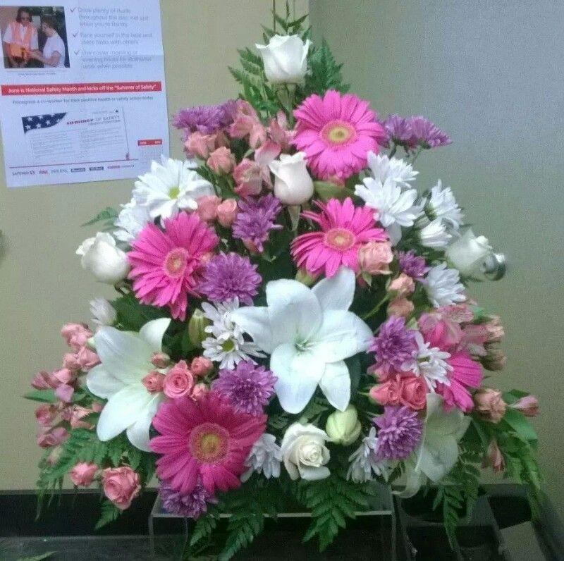 Pink purple and white flower arrangement floral designs pink purple and white flower arrangement mightylinksfo