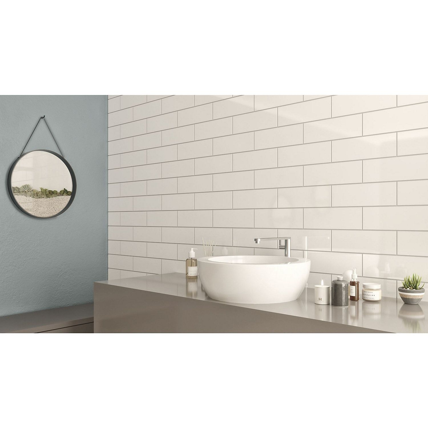 Windsor White Gloss Ceramic Wall Tile Pack Of 30 L 300mm W 100mm Ceramic Wall Tiles Wall Tiles White Gloss