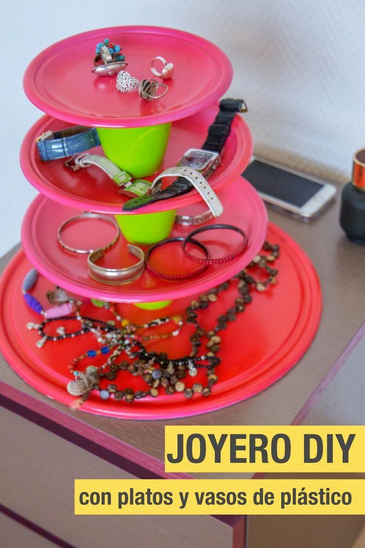 Joyero con platos y vasos de pl stico recicla platos y - Manualidades con vasos de plastico ...