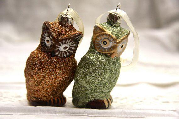 2 Christmas ornaments. Owls. Glitter. Sparkly. Green. Brown. Christmas tree.. £12.00, via Etsy.