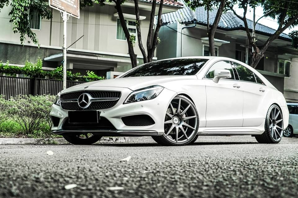 Mercedes Benz Cls On 21 Inch Zito Wheels Zs03 Rims Mercedes Benz