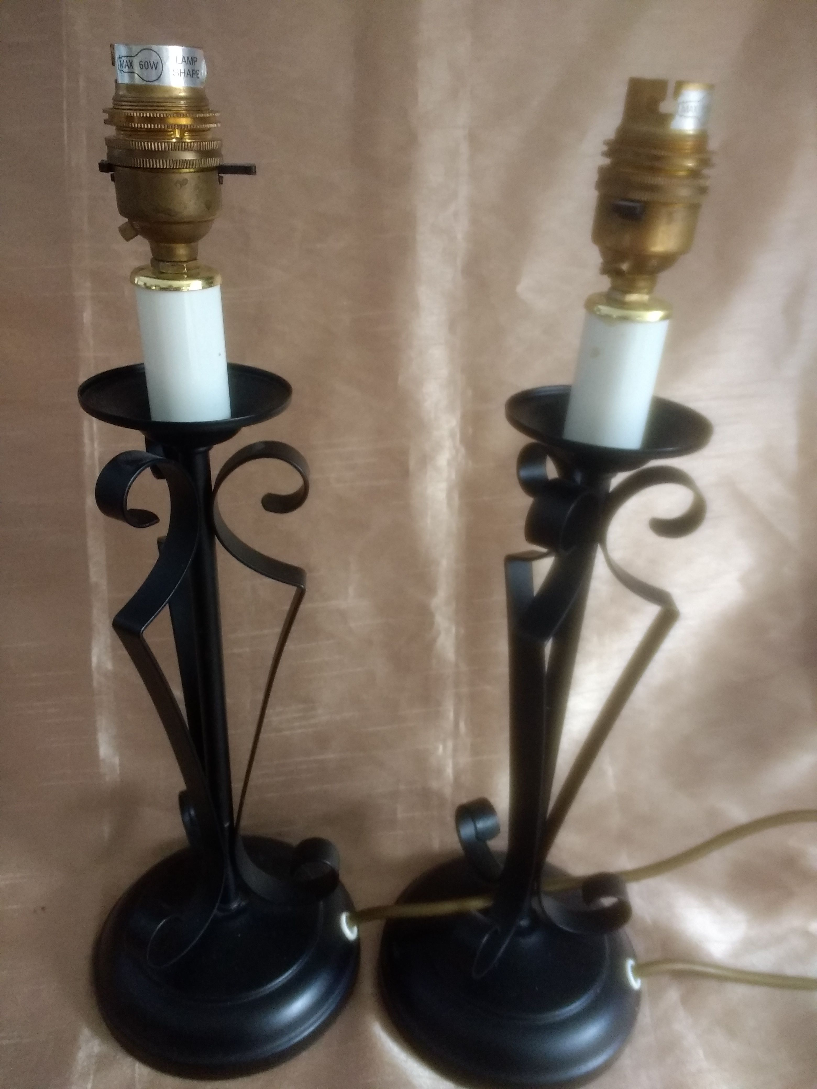 Classic Vintage 1920s Style Tudor Black Wrought Iron Table Lamp