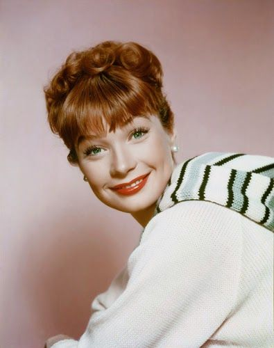 Vintage Glamour Girls: Shirley MacLaine