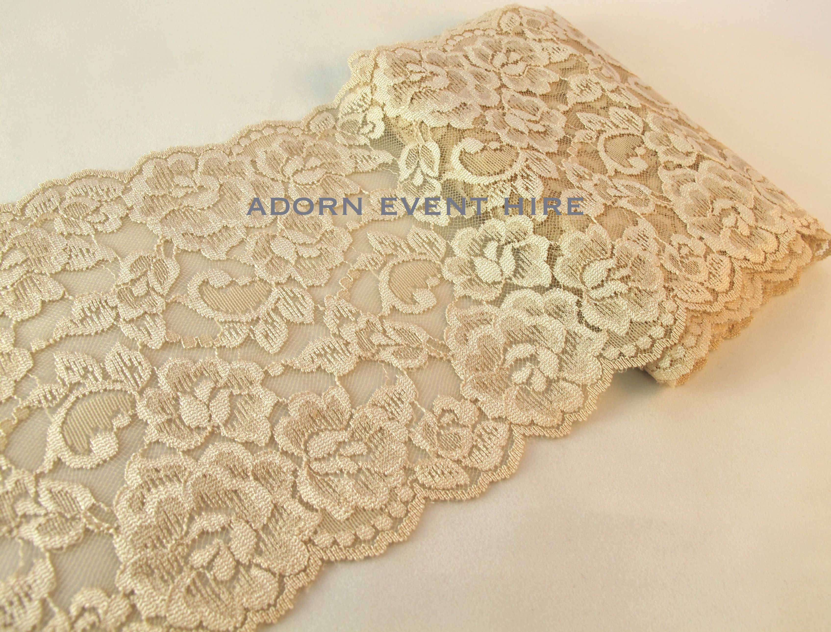 Decorative Vintage Aisle Runners Run03 Champagne Lace