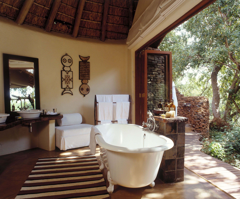 African Interior Africa Design Anekdotique Com Zen Bathrooms African Interior African Lodge African themed bathroom decor