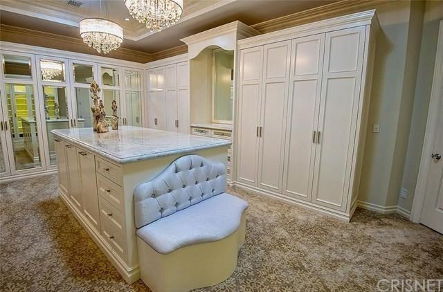 24100 Hidden Ridge Rd, Hidden Hills, CA 91302 - Home For Sale and Real Estate Listing - realtor.com®