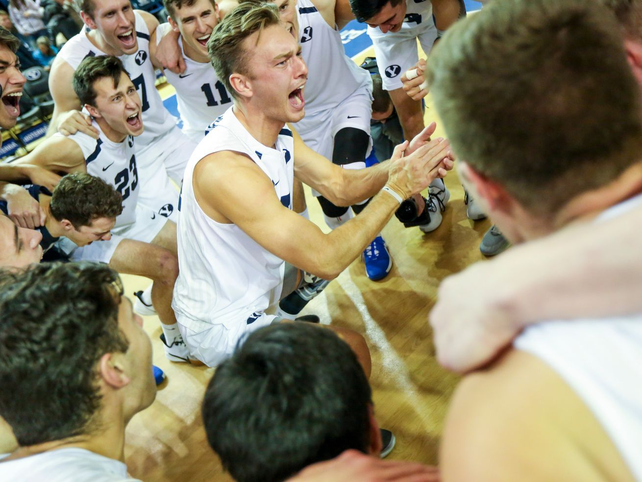 Byu Men S Volleyball Cougars Take A Rare Straight Set Win Over Ucla In 2020 Ucla Volleyball Byu