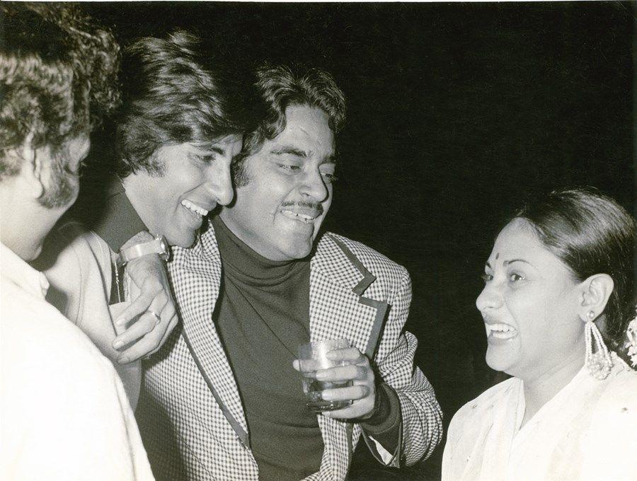 bollywood-ke-kisse-shatrughan-sinha-with-amitabh-bachchan-fight-on-set-story
