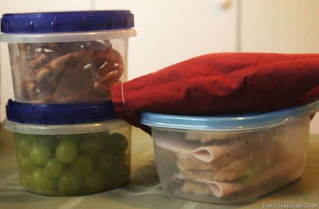 Some great tips for sack lunches. Has a list of things that keep fresh the longest and the best way to store certain foods! Awesome!