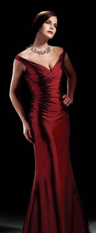 Pretty sleeveless A-line evening dress