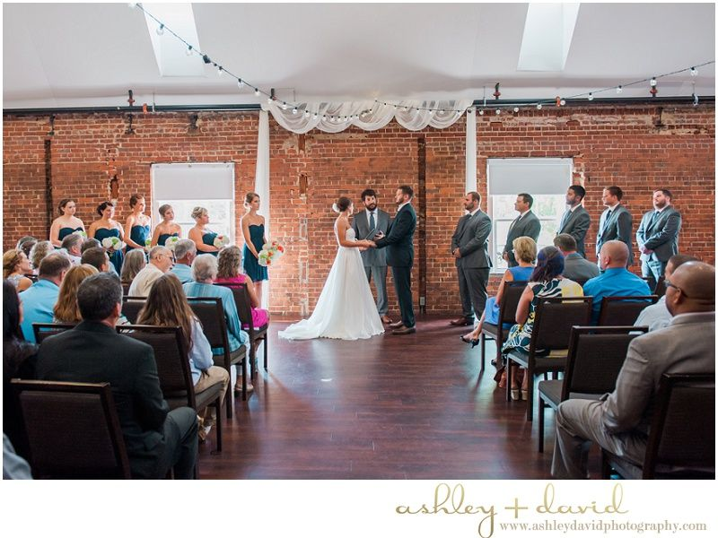 The Great Room At Top Of The Hill Wedding Kelsey Erik Chapel Hill Wedding Pho Raleigh Wedding Photographer Wedding Venues North Carolina Nc Wedding Venue