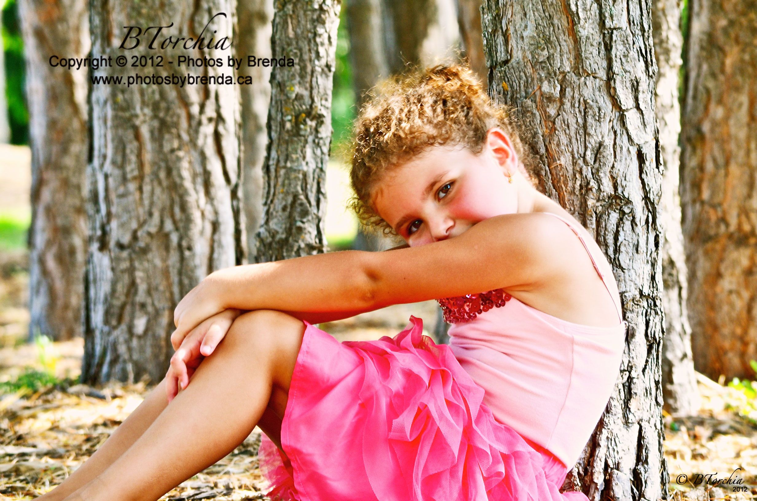 Photos by Brenda - Children's Photography. COPYRIGHT © Photos by Brenda - DO NOT COPY -  www.photosbybrenda.ca