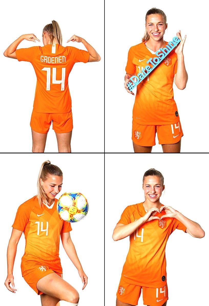 Pin Van Raditya Op Art Vrouwenvoetbal Voetbal Meisjes Voetbal