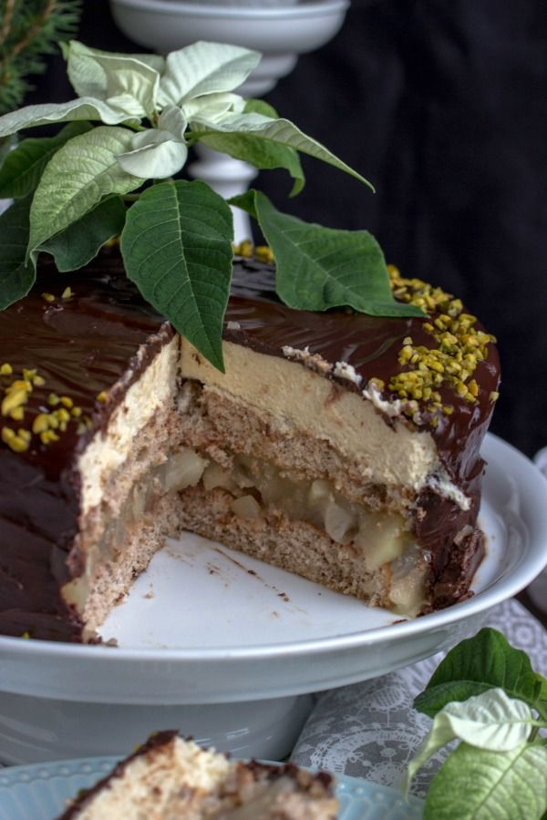 Photo of Walnut and pear cake with marzipan mousse – sasibella