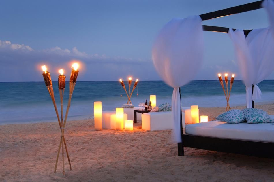 Romantic Dinner On The Beach Visit Lashings Extensions On