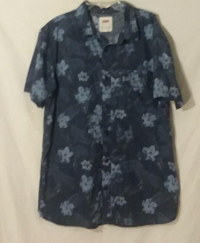 Levi's Shirt Mens Size L Blue Hawaiian Tropical Flowers Short Sleeve Button Fron #Levis #Casual