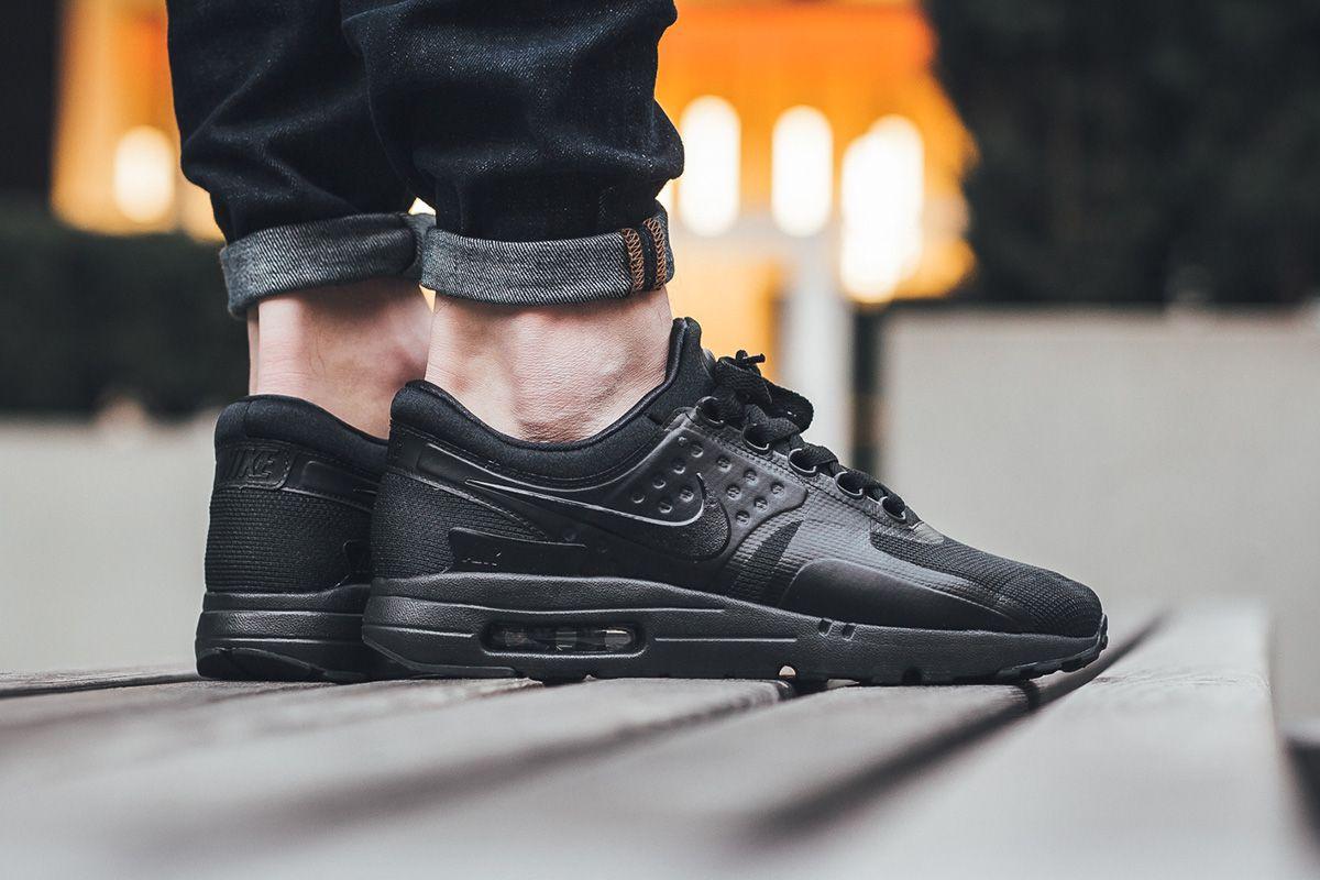 Nike Air Max Zero Essential \