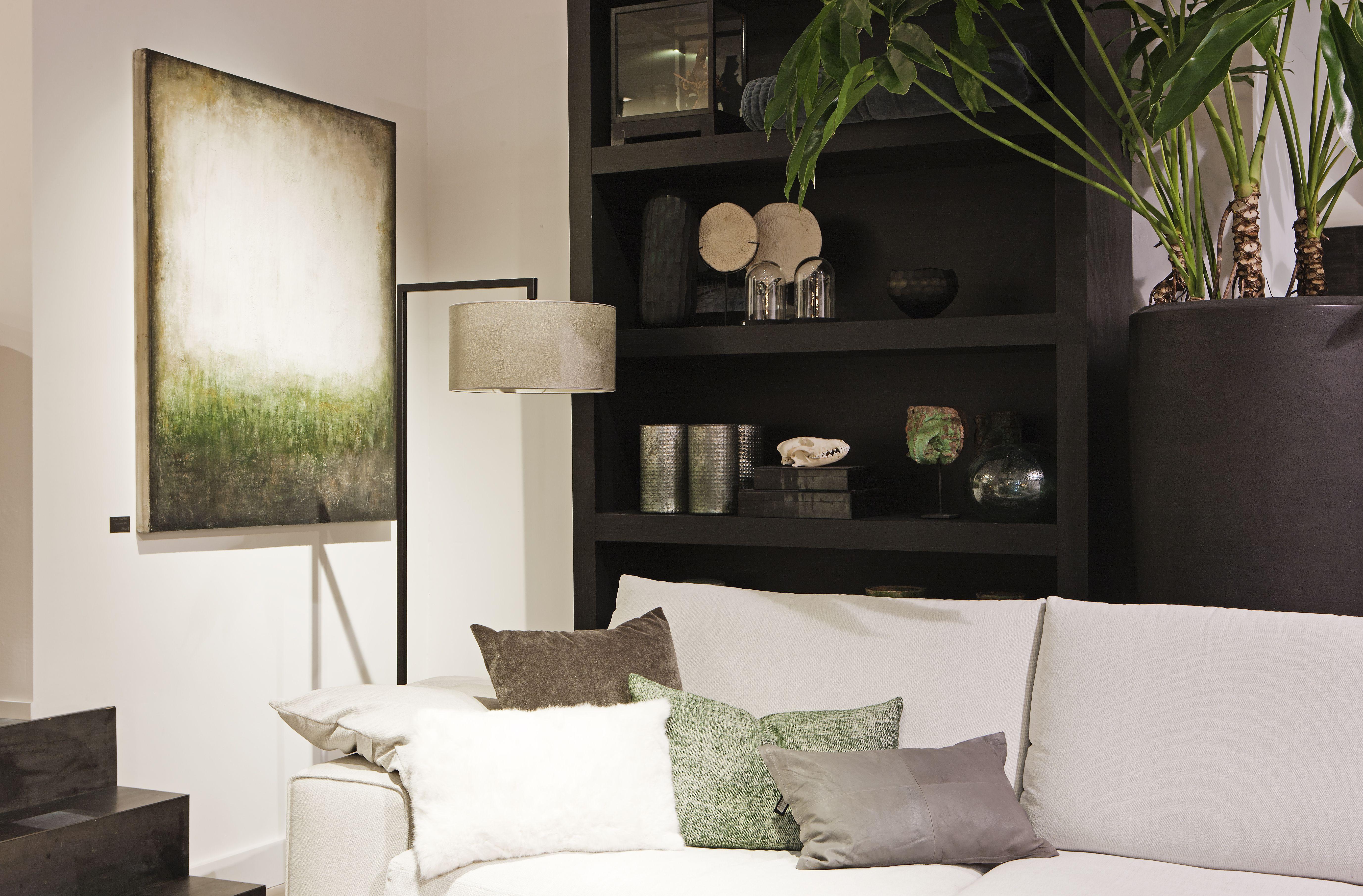 Glazen Meubels ~ Raw interiors breda heeft een ruime showroom met prachtige