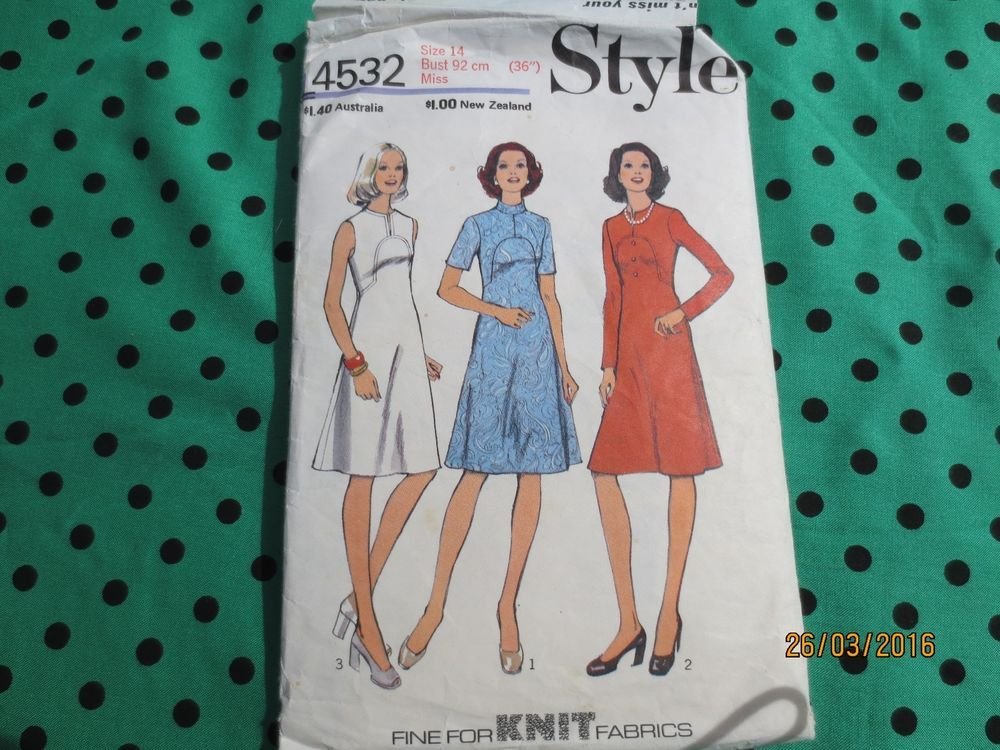 Original vintage 70s Style sewing pattern mod dress 4532 bust 36 ...