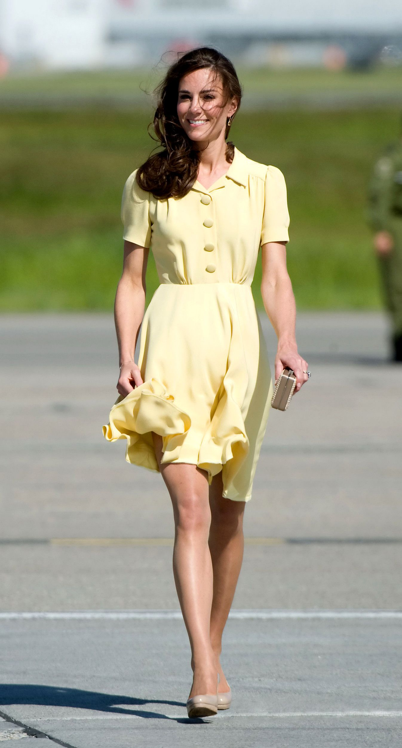 Love the dress, and this is the one shade of yellow that I do wear.