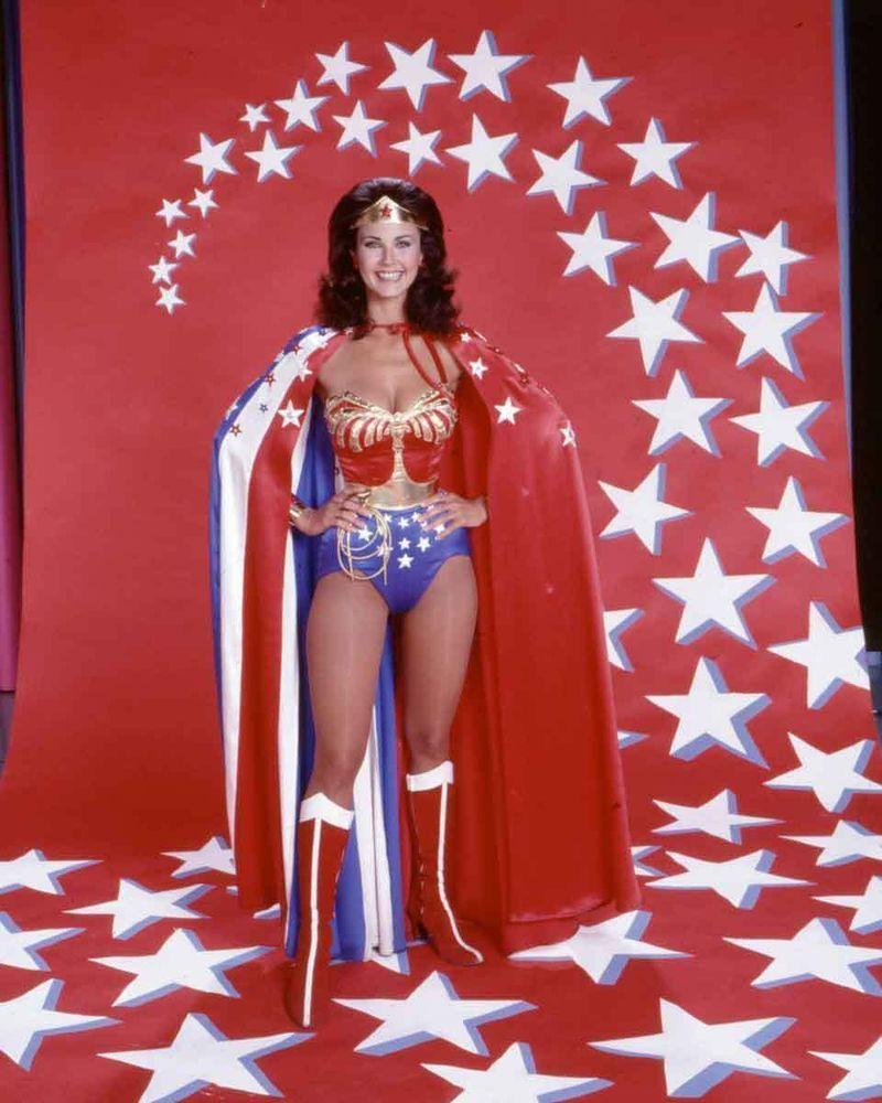 LYNDA CARTER WONDER WOMAN Show 80s /& 90s Posters Teen TV Movie Poster 24X36 G