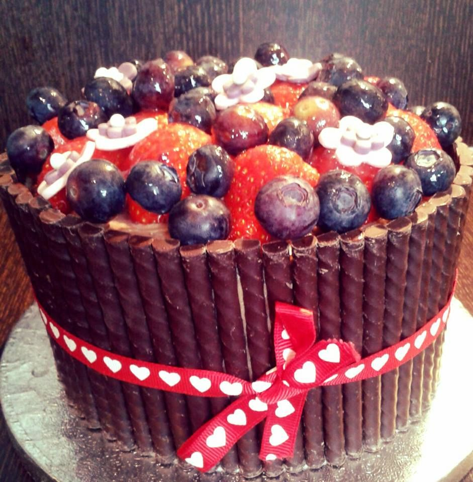 Did this myself, chocolat cake and red fruit