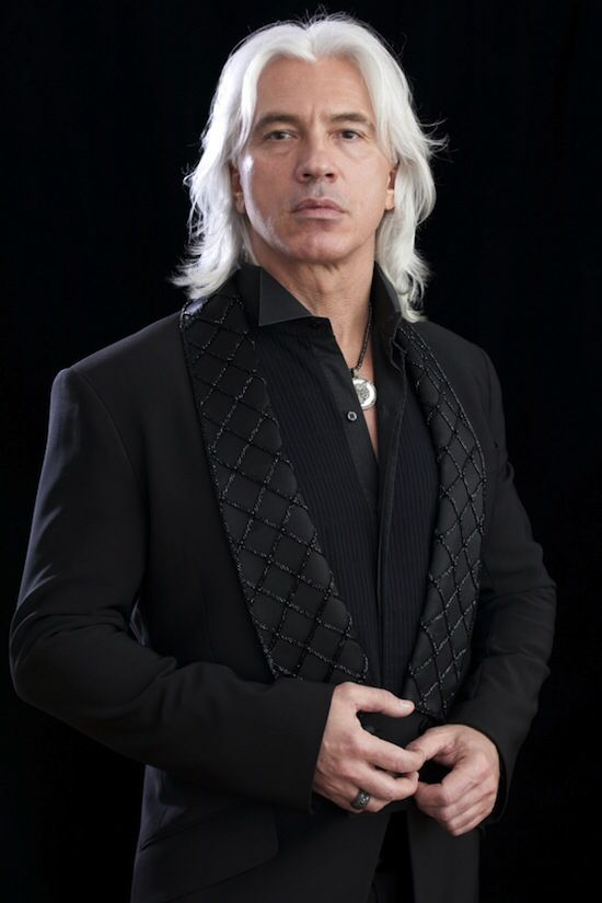 Dmitri Hvorostovsky. Beautiful Voice. | Opera singers, Beautiful ...