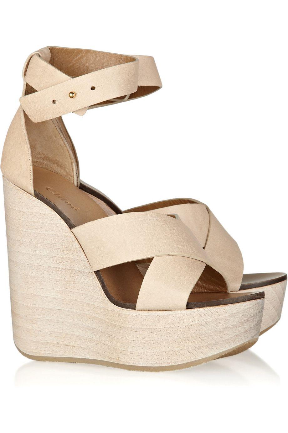 c5c1478bdf Pin de Gabriella Tinucci em Shoes