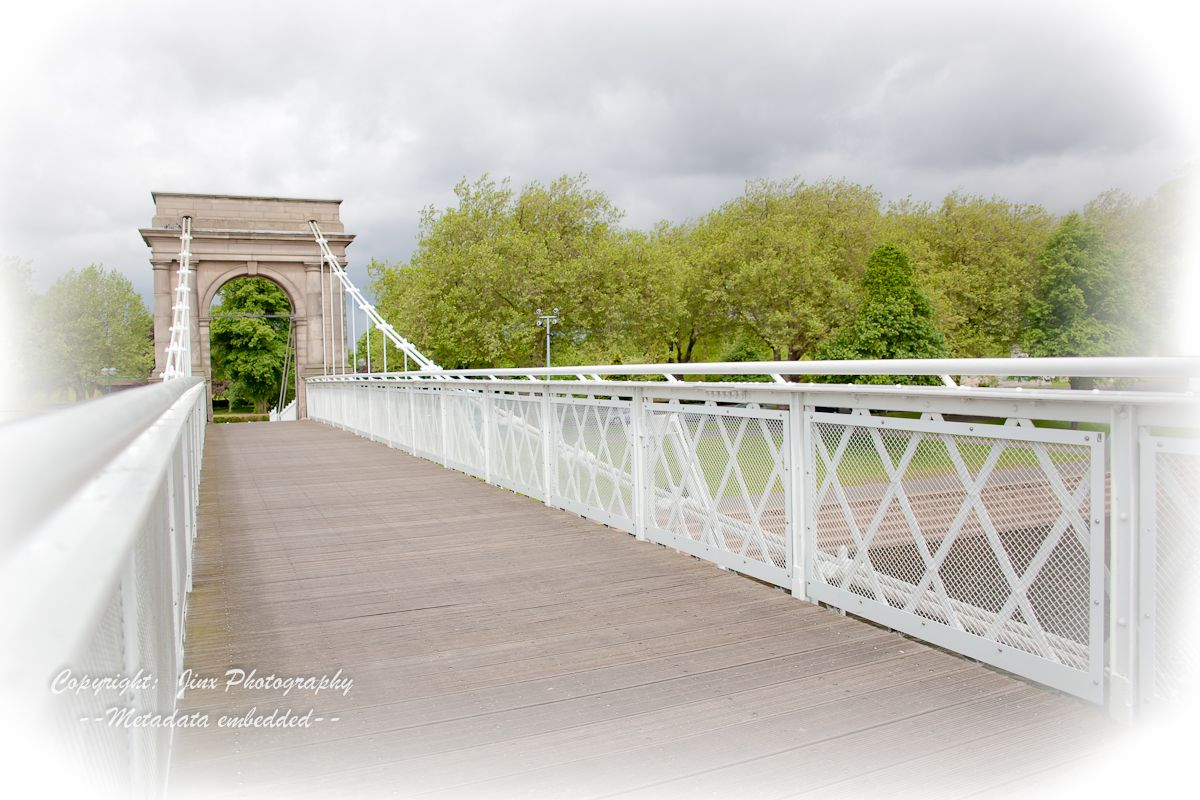 Nottingham park... a good place to stop just for photographs on your wedding day :)