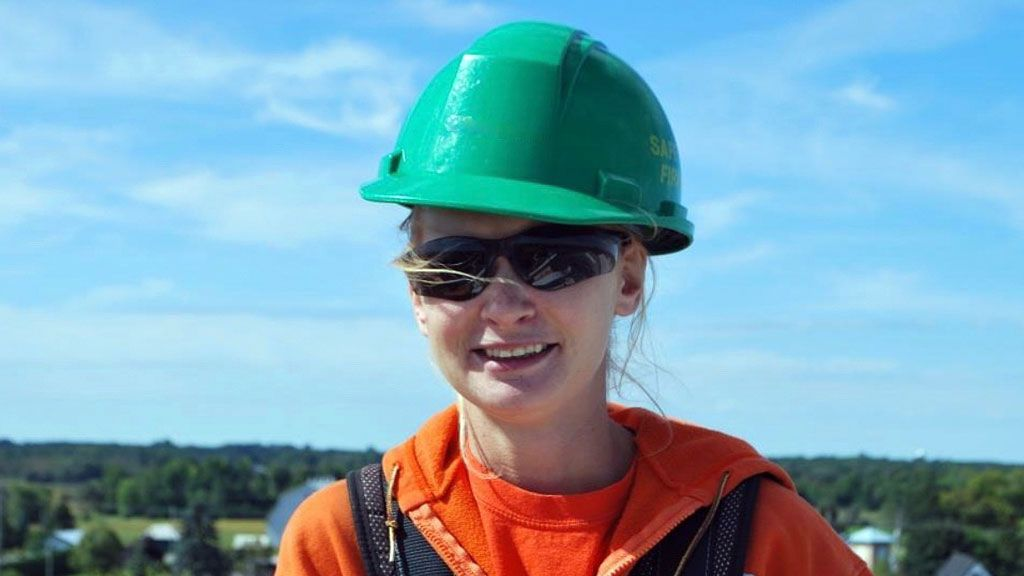 Women of Powerline Technicians opens lines to electrical