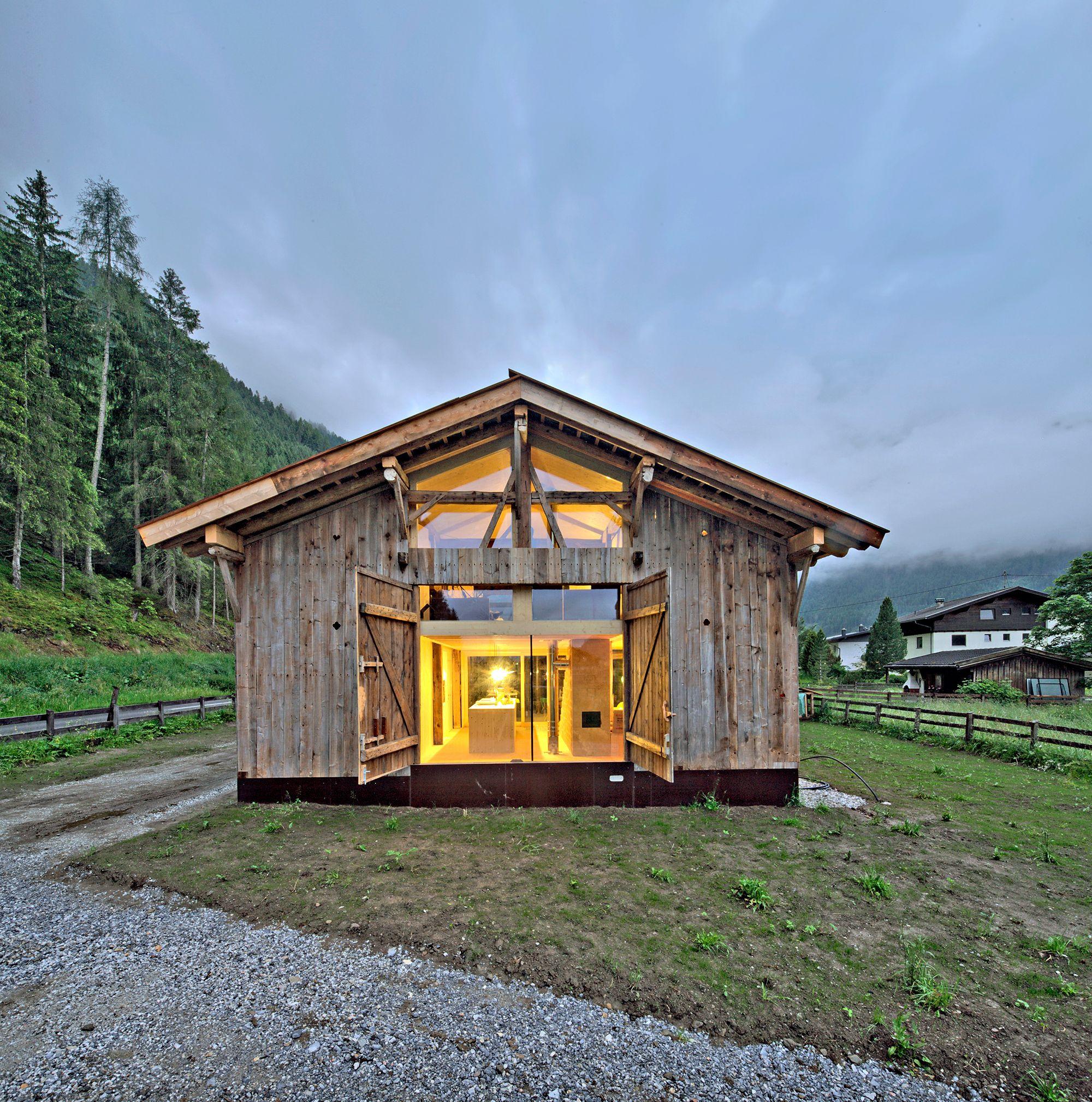 Altes Holzhaus Für Junge Familie: Haus Moser Im Stubaital