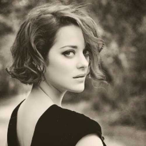 30 Short Haircuts For Wavy Hair Marion Cotillard Hair