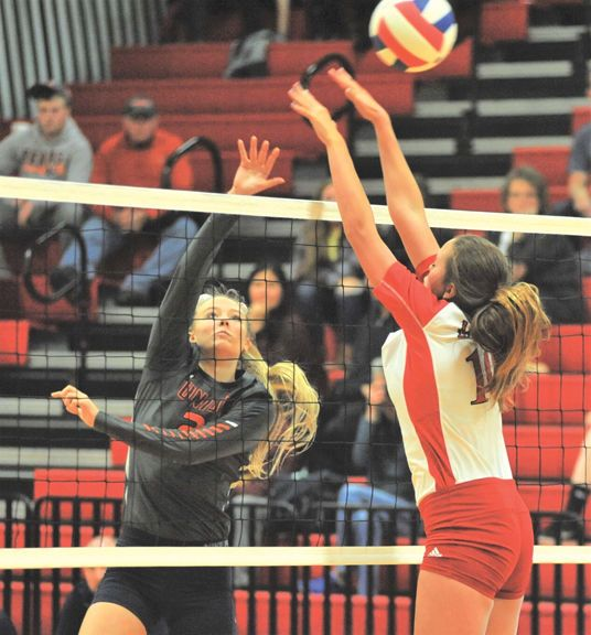 Pin By Leonor On Life In Volleyball With Kim Mathes Moore Volleyball Big Stone Gap Virginia Life