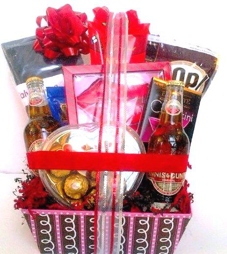 Valentines-Day-Gifts-For-Men.jpg (464×519) | Val male gift baskets ...