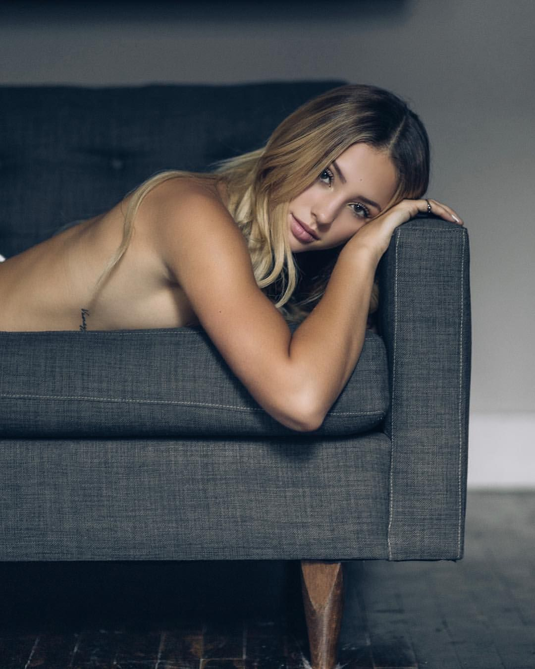 Hacked Charly Jordan naked (99 images), Selfie
