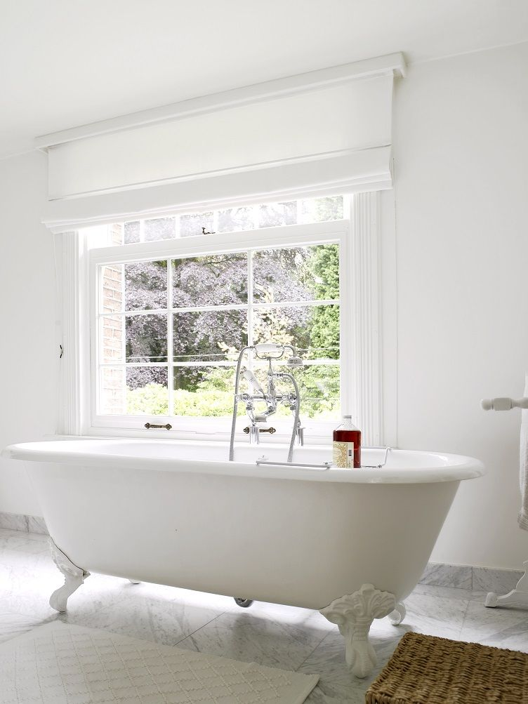 landelijke badkamer - bad op pootjes   landelijke badkamers ...