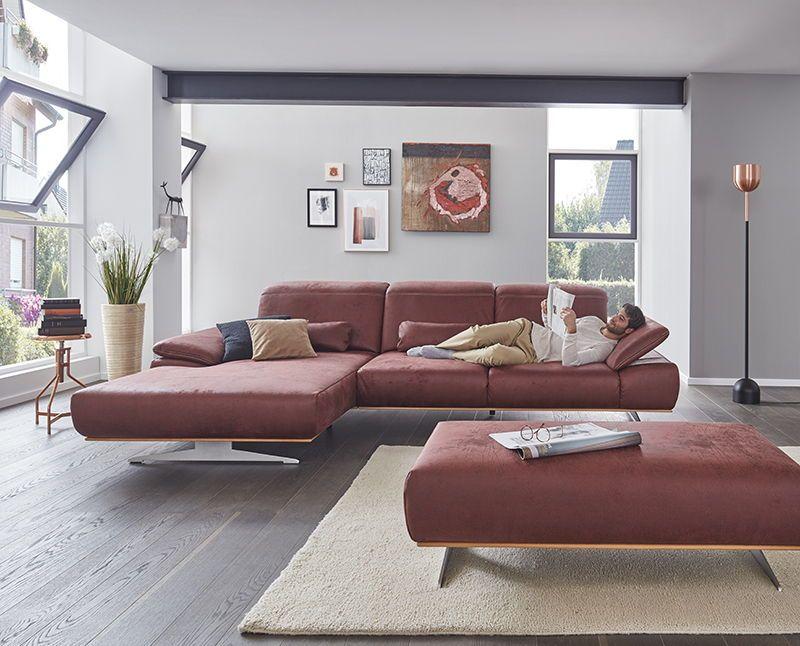Moderne Eckkombination mit Lederbezug in rot.#sofa # ...