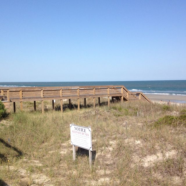 Pawleys Island Beach: Litchfield Beach - Pawleys Island, SC