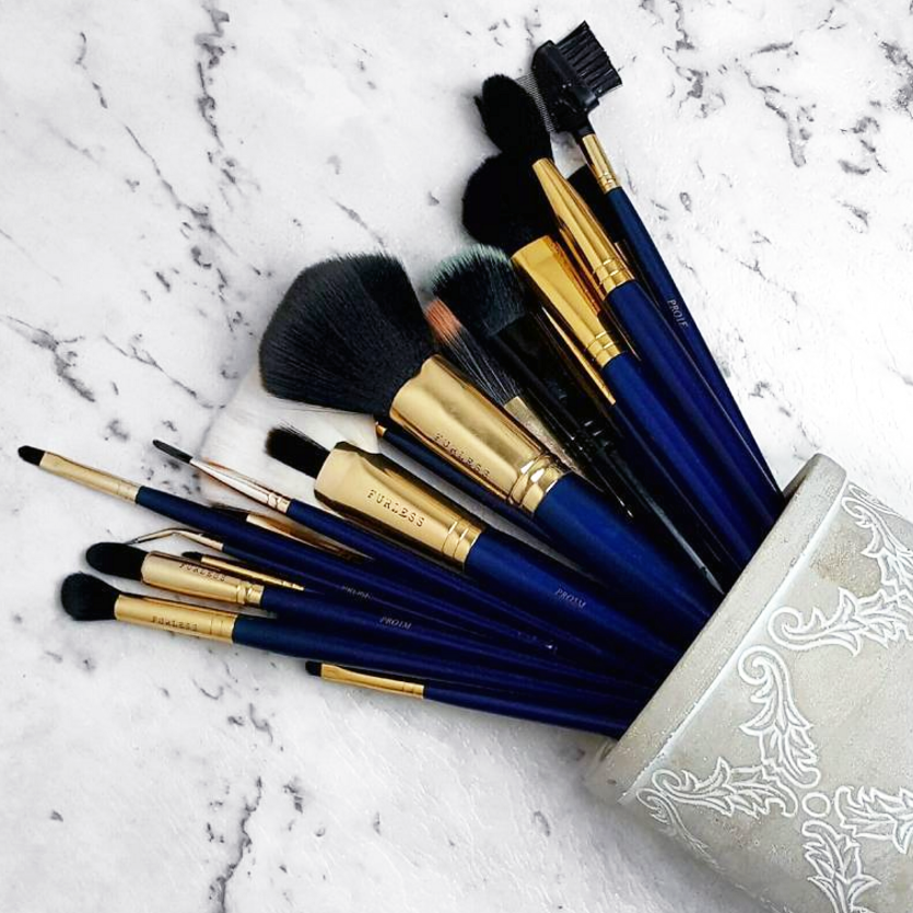 """@tanya.mua: """"By far my favourite brush set! @furlesscosmetics brushes! Had these for quite a few years now and use them every day! Still look as if they're brand new!"""" Shop: http://furlesscosmetics.com/"""