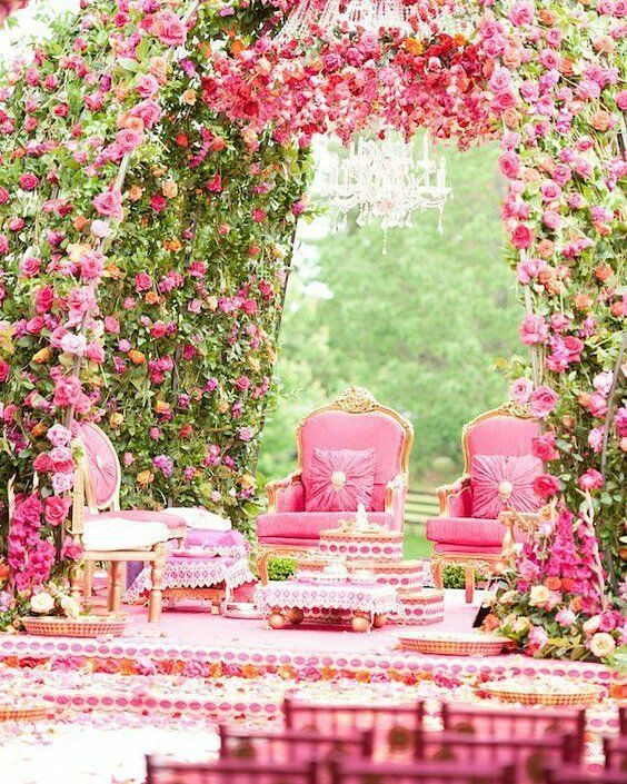 Spring is in the air and so is our inspiration for outdoor mandaps!  #roses #outdoorwedding #floraldecor #shaadibazaar #shaadibazaar #wedding #indianwedding