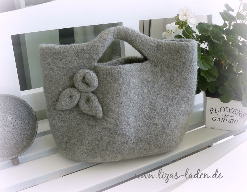 gestrickfilzte tasche aus lana grossa feltro nach einer filati home anleitung bags pinterest. Black Bedroom Furniture Sets. Home Design Ideas