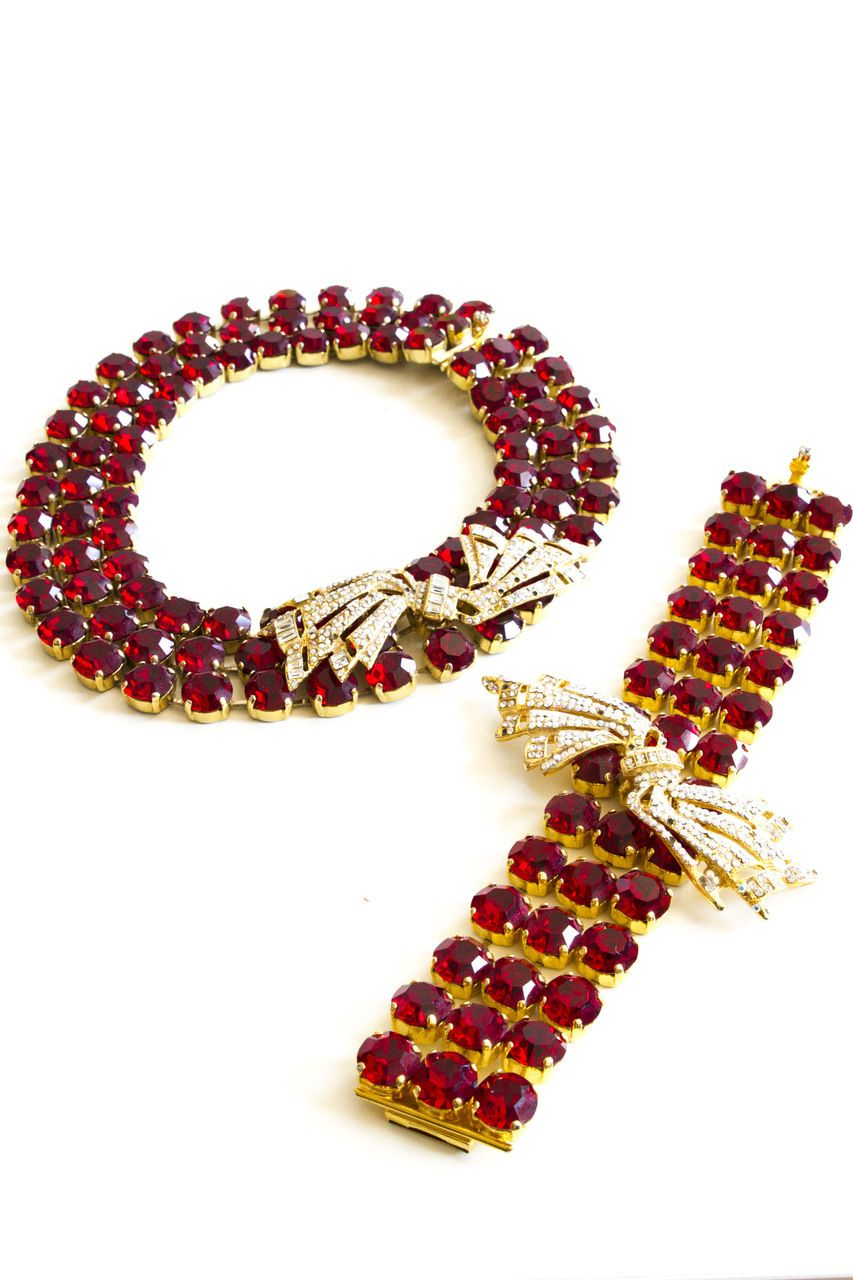 Cabaret Vintage Beautiful Red and Gold Costume Jewellery Set