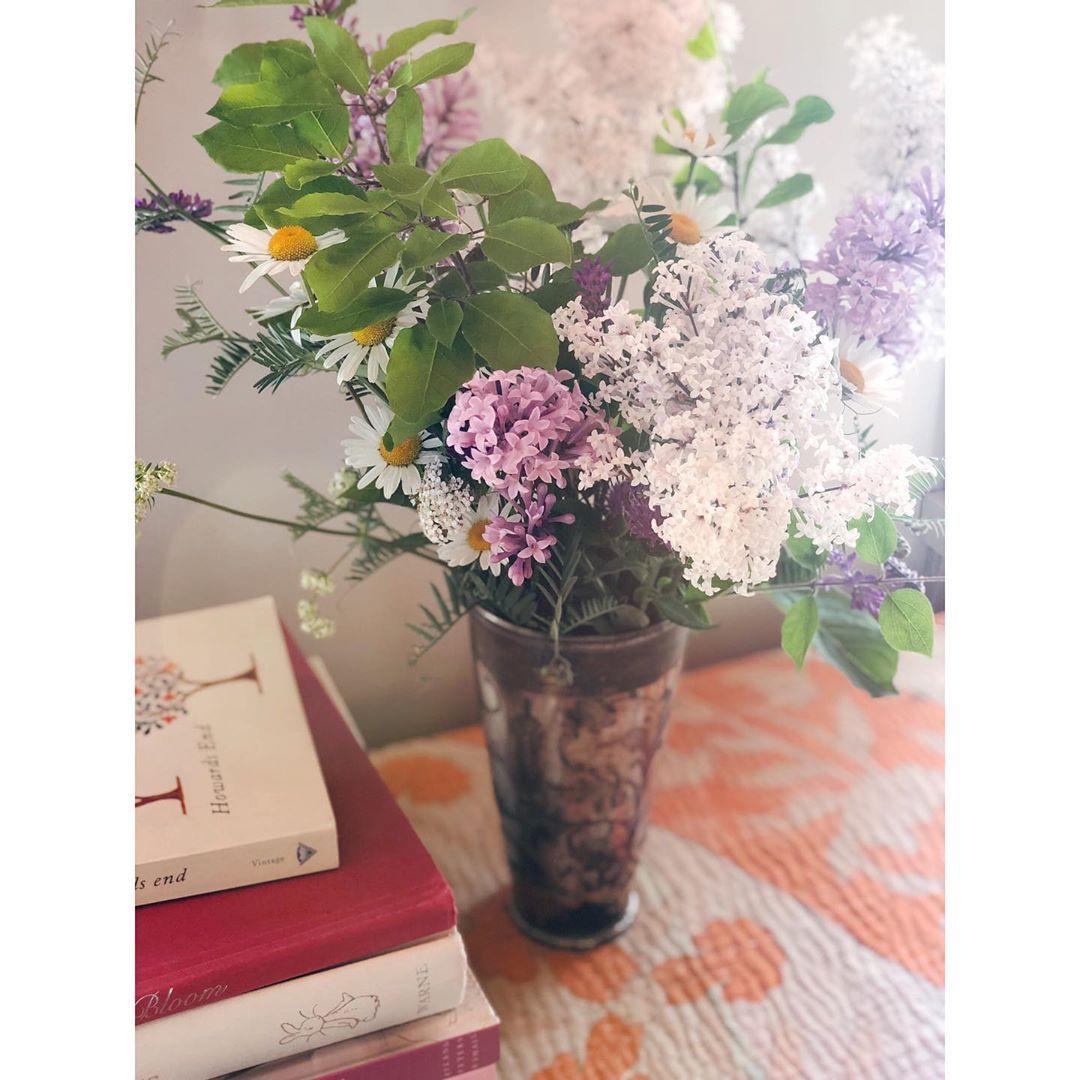 Grace Naumann's cottage #lilacs #cottagedecor #eclecticdecor
