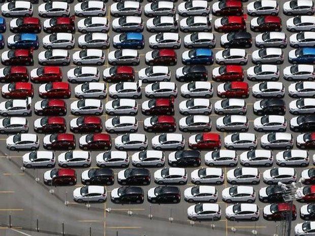 Carros novos da Ford estacionados em pátio da fábrica em São Bernardo do Campo. (Foto: REUTERS/Paulo Whitaker)