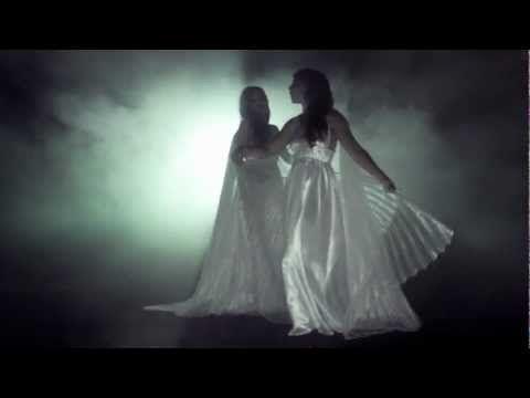 Lakmé - Flower Duet (Hot Opera Video) - YouTube