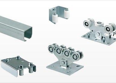 Warm chain link fence sliding gate hardware and sliding for Sliding driveway gate hardware