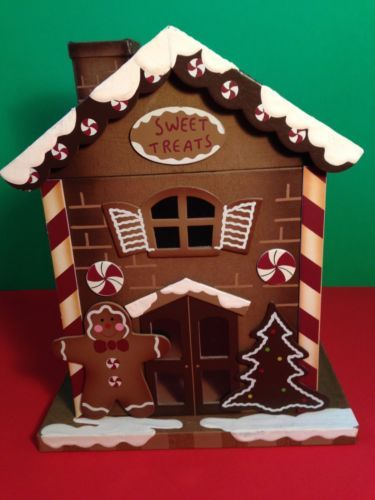 GINGERBREAD HOUSE HEAVY CARDBOARD HOLDS CHRISTMAS CARDS COOKIES CANDY