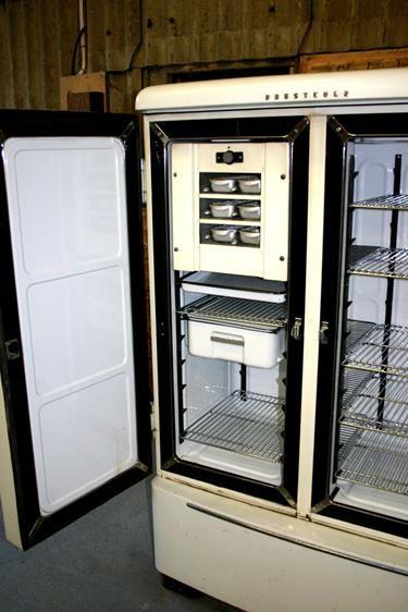 Fridge E99p Original 1940 S Prestcold Double Door Refrigerator Double Door Refrigerator Refrigerator The Originals