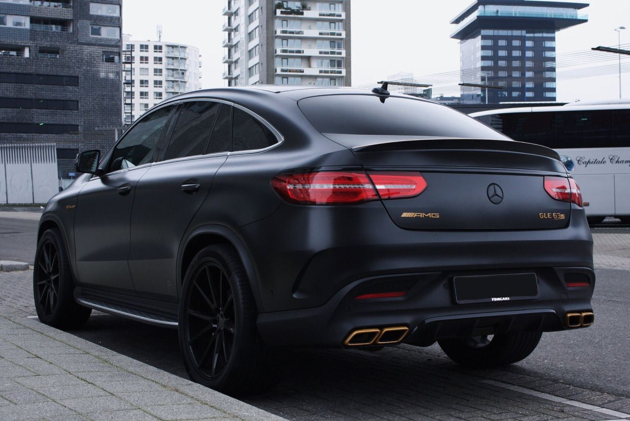 Pin By Mark Thomas On Cars 5 With Images Mercedes Benz Gle