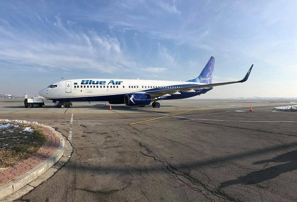 Blue Air Zboară La Cerere Zboruri Din Dublin Spre Iași Cluj Bacău și București Passenger Jet Passenger Aircraft